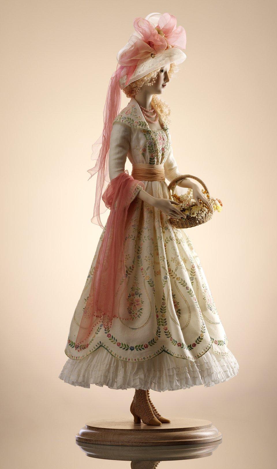 Alexandra-Kokinova-muneca-hecha-a-mano-Martha-1910