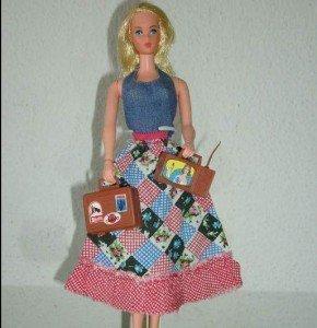 Primera versión de la muñeca ocupada, lanzada en 1972