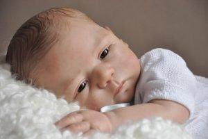 Foto de un bebé reborn