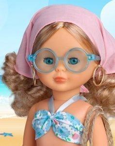 Foto de la muñeca Nancy Playa de cerca