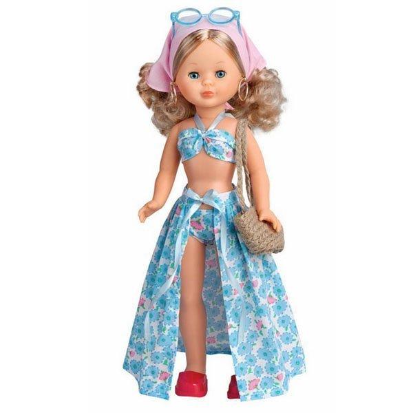 Foto de la muñeca Nancy Playa de cuerpo entero