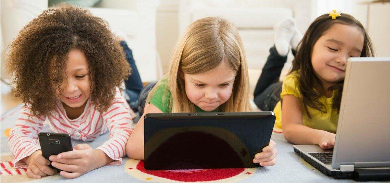 Jugando con Muñecas con las TIC