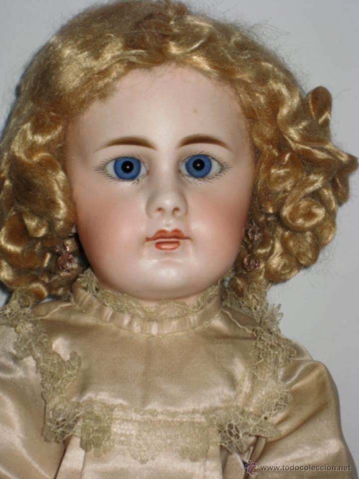Muñecas escalofriantes antiguas