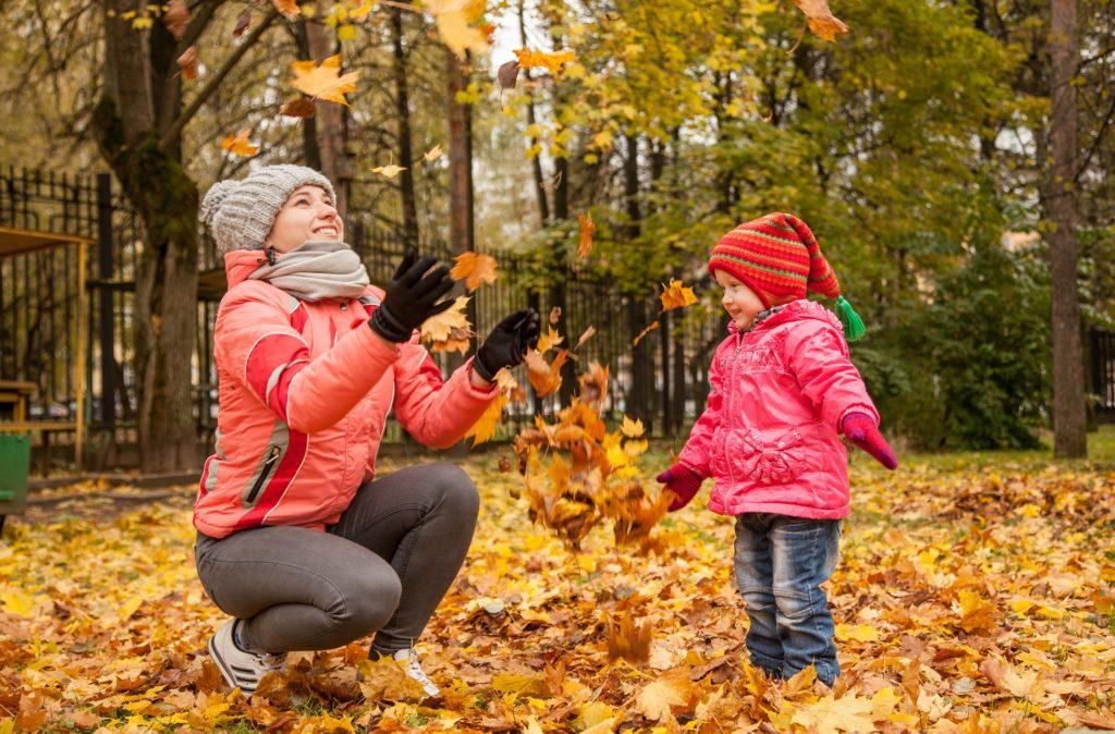Beneficios de jugar al aire libre relación