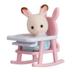 Sylvanian Families - Bebé para llevar - Conejo chocolate silla bebé