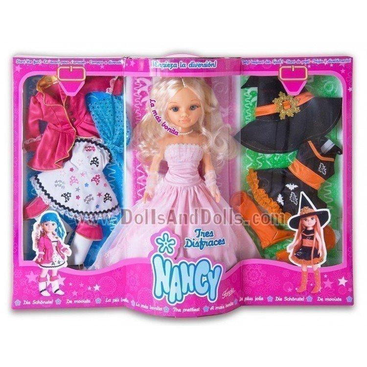 Nancy y sus disfraces